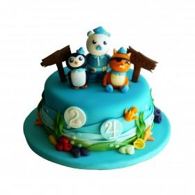 Торты на заказ Детский торт с фигуркой пингвина, лисы и медведя