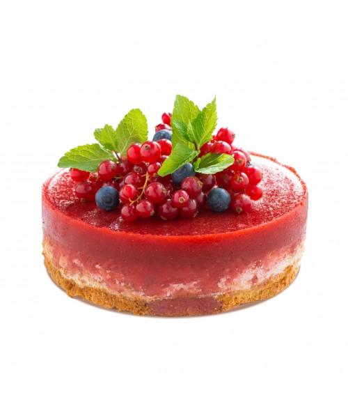 Торт праздничный украшенный свежей смородиной