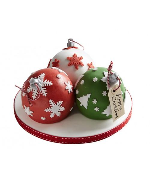 Новогодний торт в форме новогодних игрушек из мастики