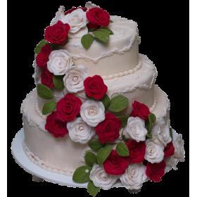 Торт Свадебный молочного цвета с красными и белыми розами