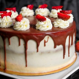 Торт Малина с мягким мармеладом